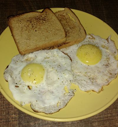 Half fry eggs with toast recipe and nutrition chart yumzen half fry eggs with toast forumfinder Images